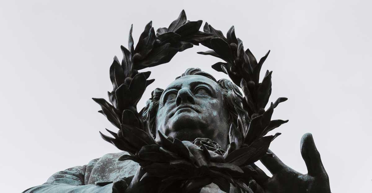 Bild zeigt Goethe-Statue in Weimar