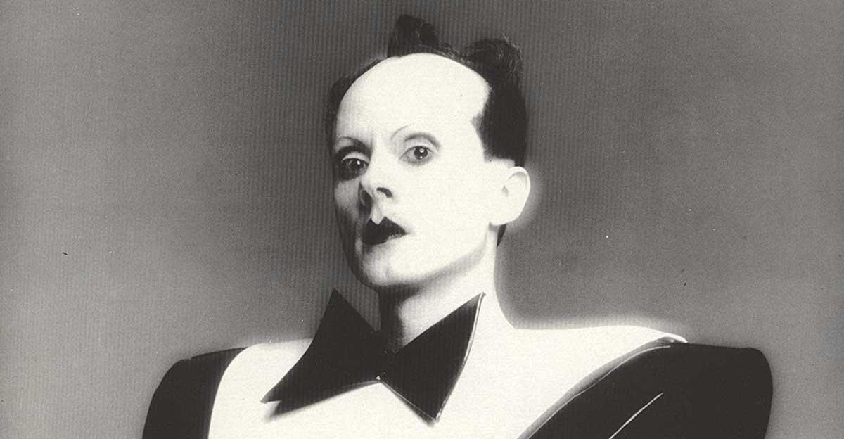 Bild zeigt Klaus Nomi auf LP-Cover von SONY