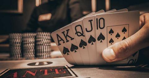 Bild zeigt Poker-Blatt