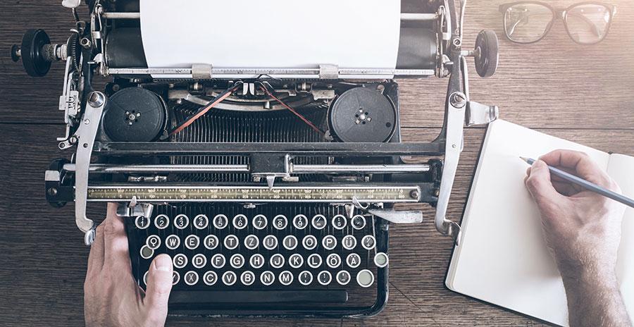 Bild einer antiken Schreibmaschine